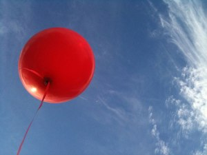 220-red-balloon